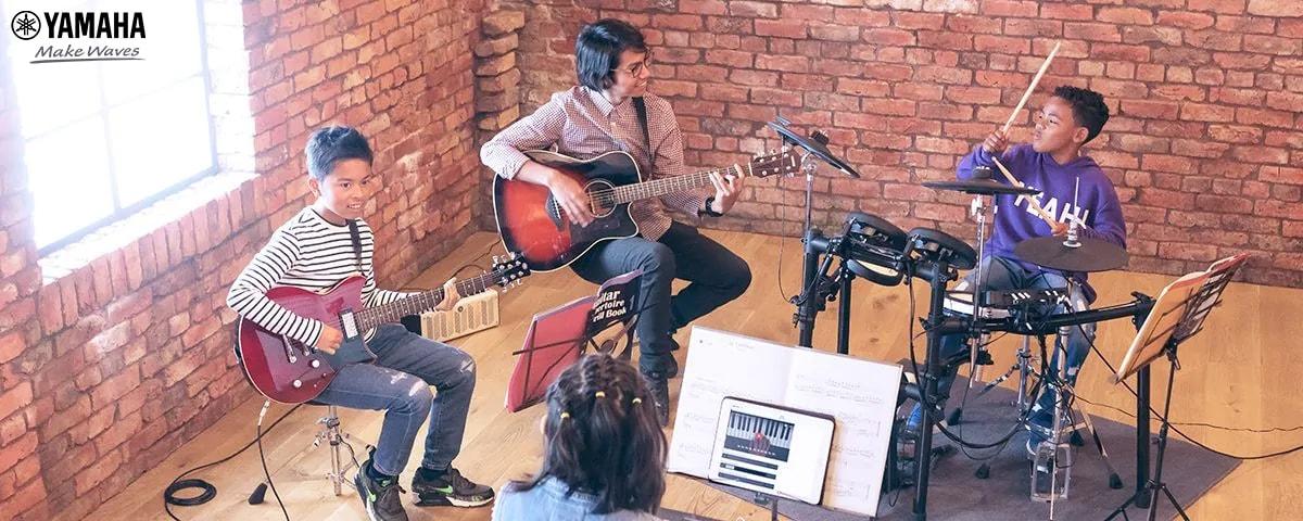 học đàn guitar ở đâu uy tín