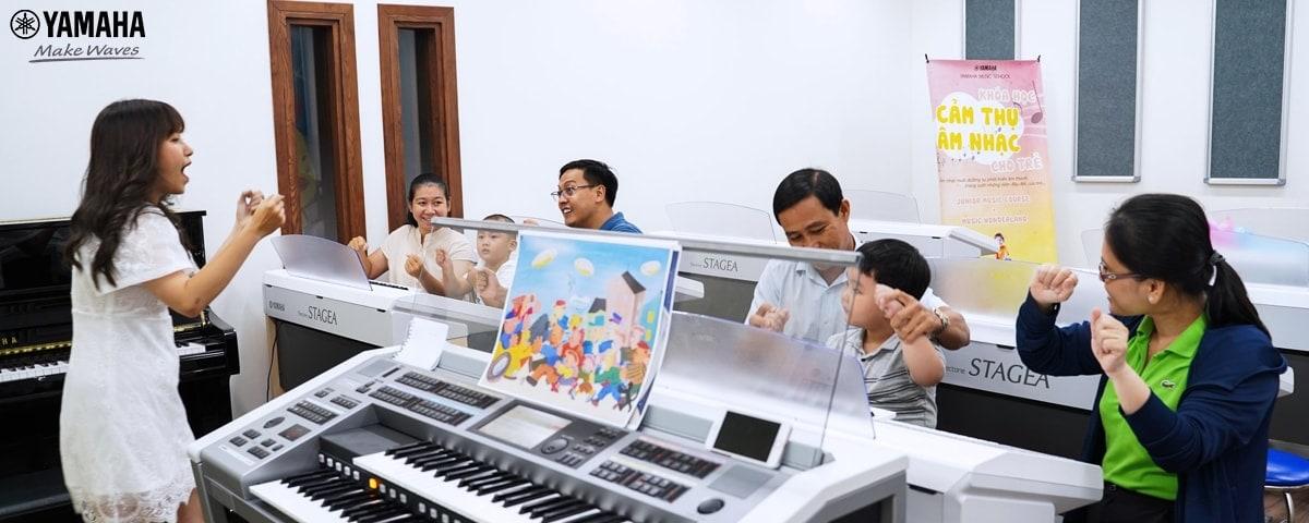 đàn organ cho bé mới học