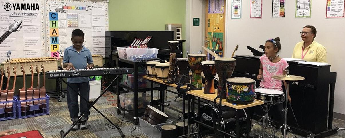 lớp học âm nhạc cho trẻ em