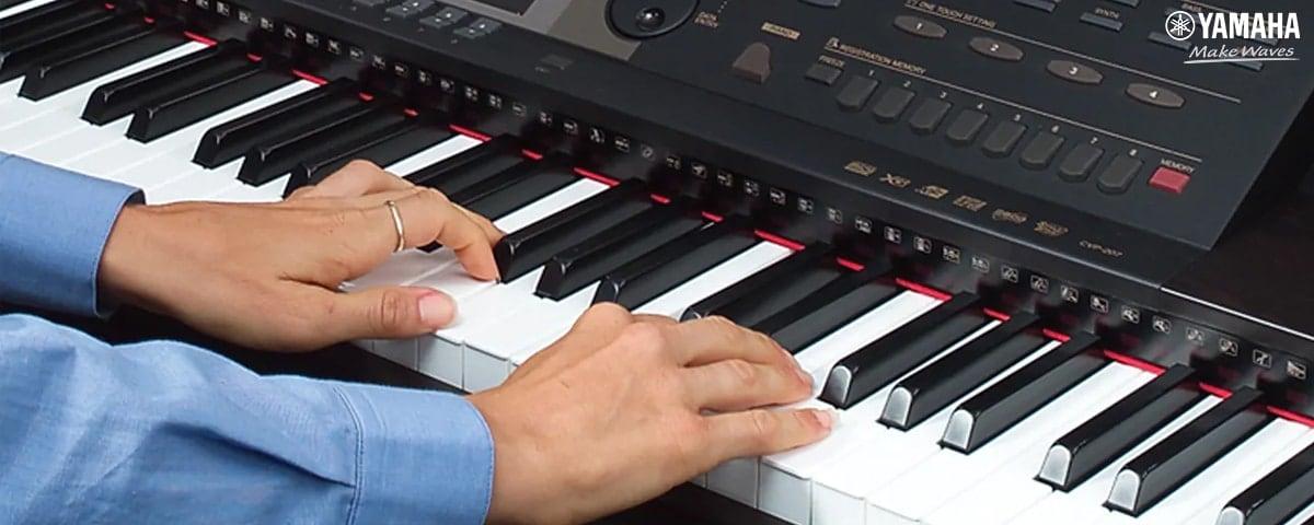 người lớn nên học organ hay piano